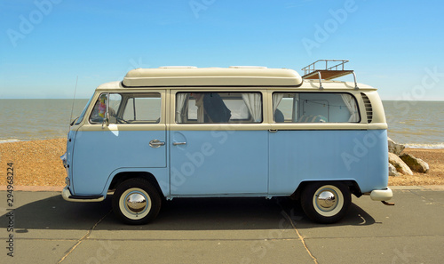 Tablou Canvas Classic Blue and white Volkswagen camper parked on  Felixstowe seafront promenade
