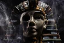 Pharoah Statue Face With Skull.
