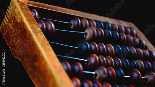 Photo Vintage wooden abacus close up