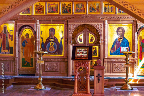 Foto op Plexiglas Oude gebouw Fragment of the iconostasis in the Church in the Name of All Saints in the Siberian Land,