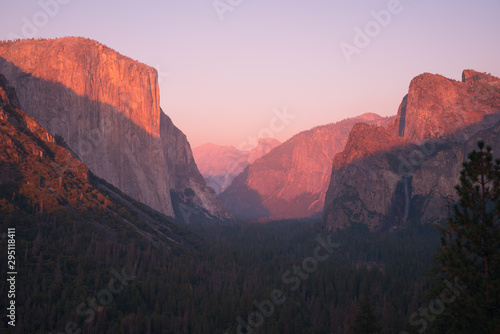 Last sunset light of the day marinates Yosemite National Park Wallpaper Mural