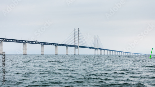 fototapeta na ścianę the oresund bridge between denmark and sweden