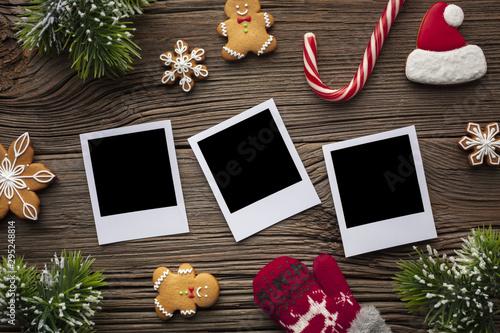 Obraz Top view photos with christmas decoration - fototapety do salonu