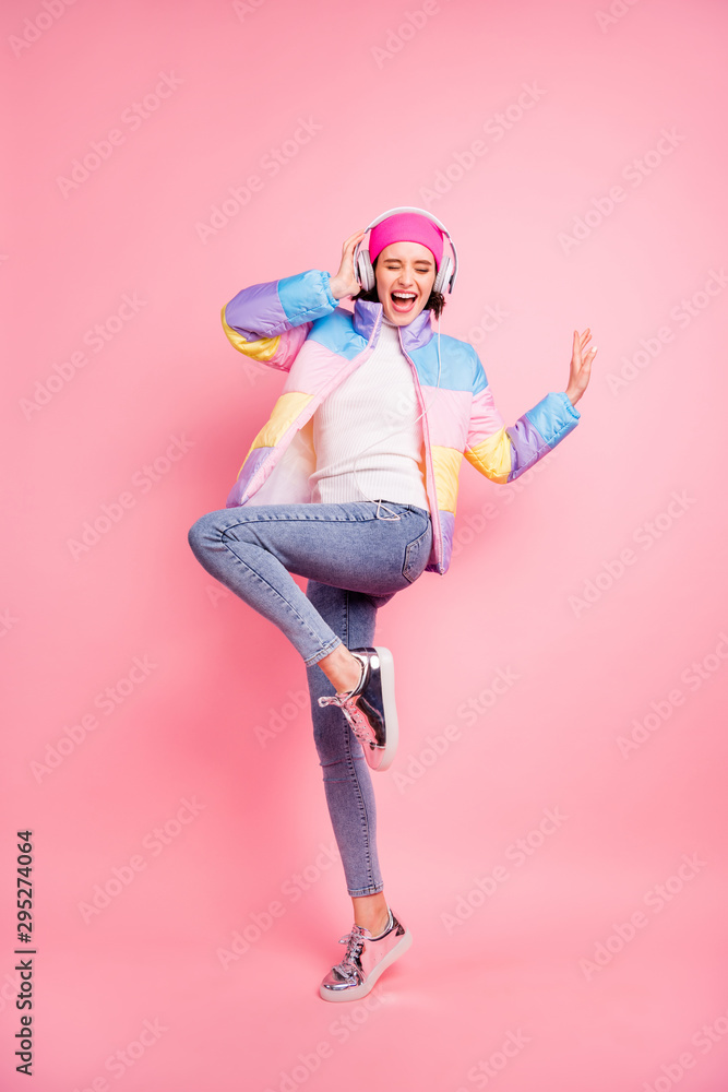 Fototapety, obrazy: Vertical full length body size view of her she nice attractive cheerful cheery glad positive carefree girl enjoying mp3 audio player having fun isolated over pink pastel background