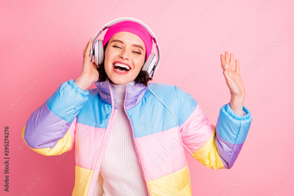 Fototapety, obrazy: Portrait of her she nice attractive winsome cheerful cheery glad girl enjoying new romance track audio player hobby isolated over pink pastel background