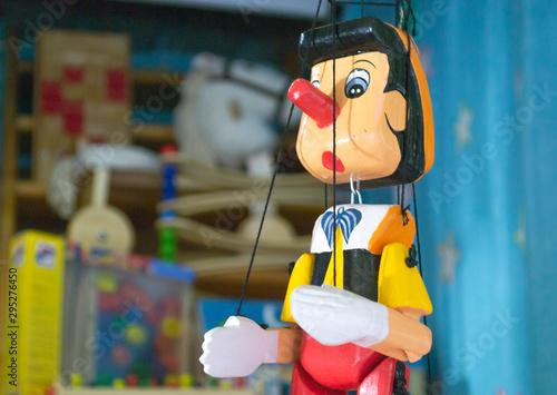 Pinocho, la marioneta del cuento Canvas Print