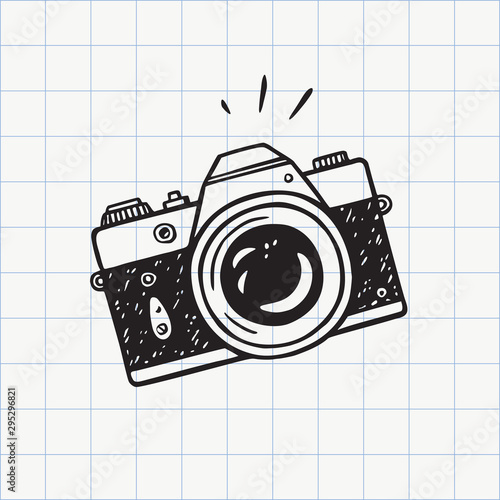 Photo camera doodle icon. Hand drawn sketch in vector Fototapet