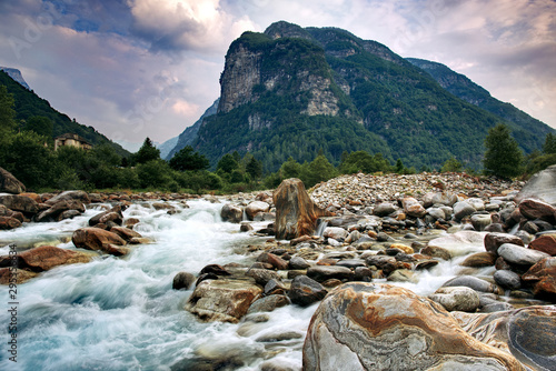 Fototapeta river and mountain in ticino