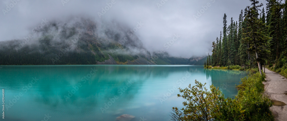 Fototapety, obrazy: Lake Louise and Fairview Mountain Panorama