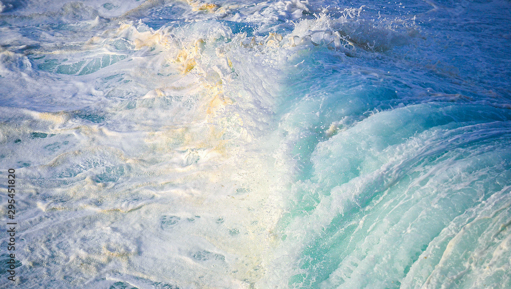 Fototapety, obrazy: powerful waves in Australia, Sydney beaches during a storm, higt waves crash against the coast of New South Wales in Australia