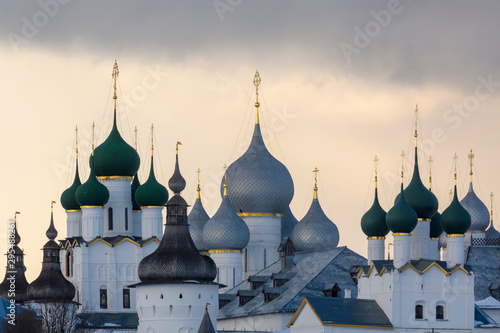 Fotografía  Winter view of medieval the Kremlin in Rostov the Great as part of The Golden Ri