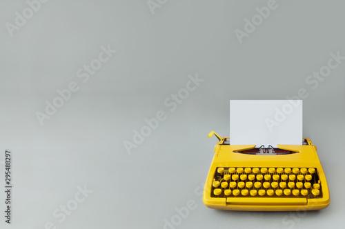 Obraz na plátně Vintage typewriter,