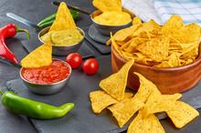 Nachos - Yellow Corn Chips Wit...