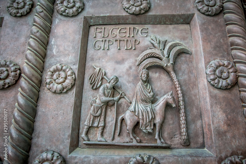 Fényképezés Fragment of bas-relief gate of the Cathedral of Pisa (Cathedral of the assumption of the blessed virgin Mary)