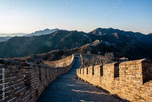 Fotografie, Obraz  Sunrise at the Great Wall in Mutianyu