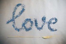 Inscription Love Made By Laven...