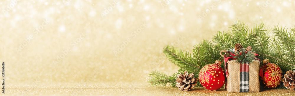 Fototapety, obrazy: Christmas gift box and decor