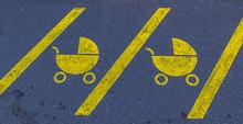 Kinderwagenparkplatz Fahrbahnmarkierung 1