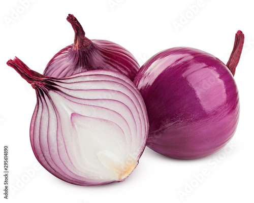 Fotomural  red onion isolated on white background, clipping path, full depth of field