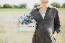 Pregnant Woman Tenderness Health Outside Field Cornflowers