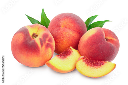 Fotografie, Obraz Ripe peach fruit and slice with leaf isolated on white background