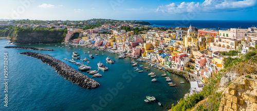 Valokuva Panoramic sight of the beautiful island of Procida, near Napoli, Campania region, Italy