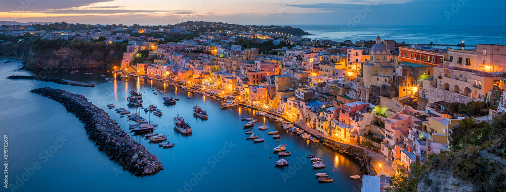Fototapety, obrazy: Panoramic sight of the beautiful island of Procida in the evening, near Napoli, Campania region, Italy.