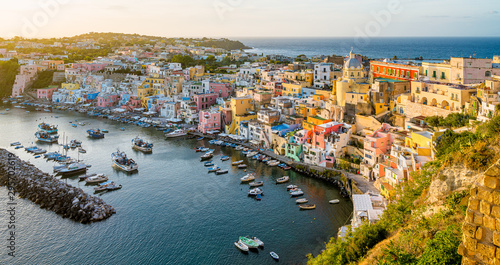 Fotografía  Panoramic sight of the beautiful island of Procida, near Napoli, Campania region, Italy