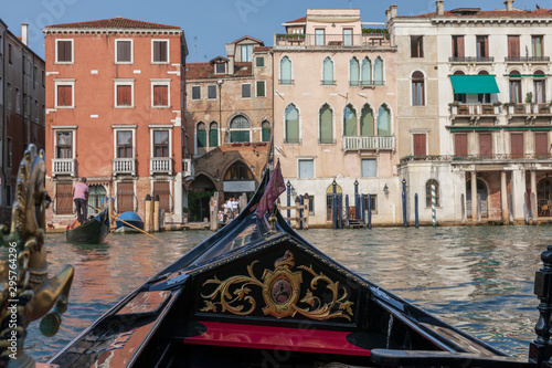 Türaufkleber Gondeln Panoramic view of Venice grand canal with historical buildings from gondolas