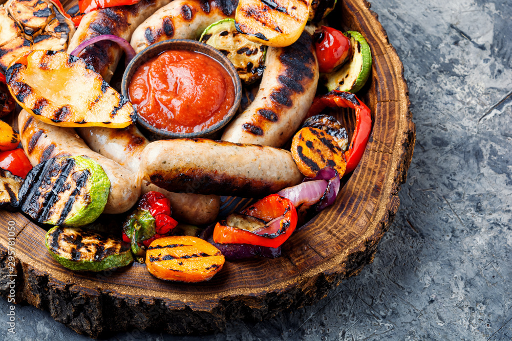 Fototapety, obrazy: Grilled sausages with vegetables