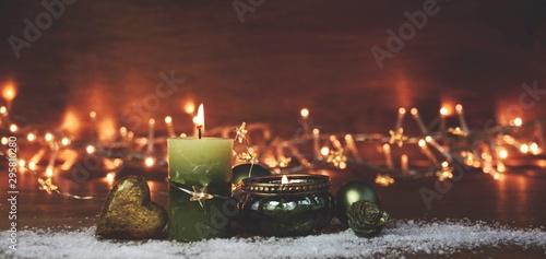 Weihnachten Hintergrund Panorama mit grüner Kerze und Teelicht Canvas Print