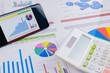 ビジネスイメージ グラフ 電卓 スマートフォン