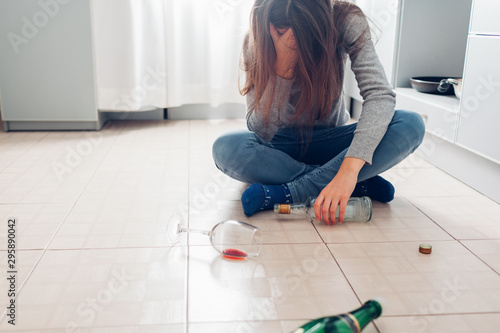 Photo Female alcohol addiction