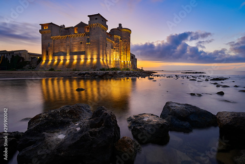 Alba al Castello di Santa Severa Fototapet