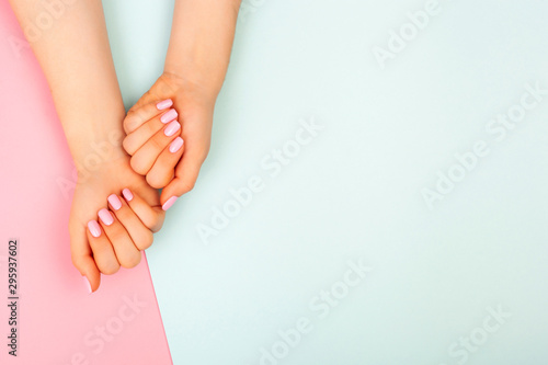 Stylish fashionable female manicure Fototapete