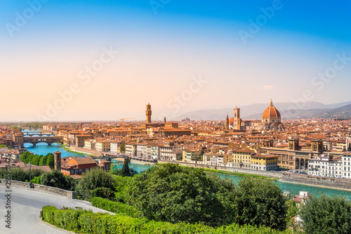 Fotografie, Obraz  Florence, Italy: scenic view on famous italian town with Duomo and Arno river at