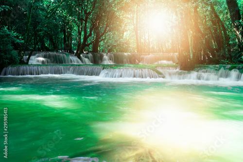 Foto auf Leinwand Wasserfalle Huai Mae Khamin Waterfall at Kanchanaburi in Thailand