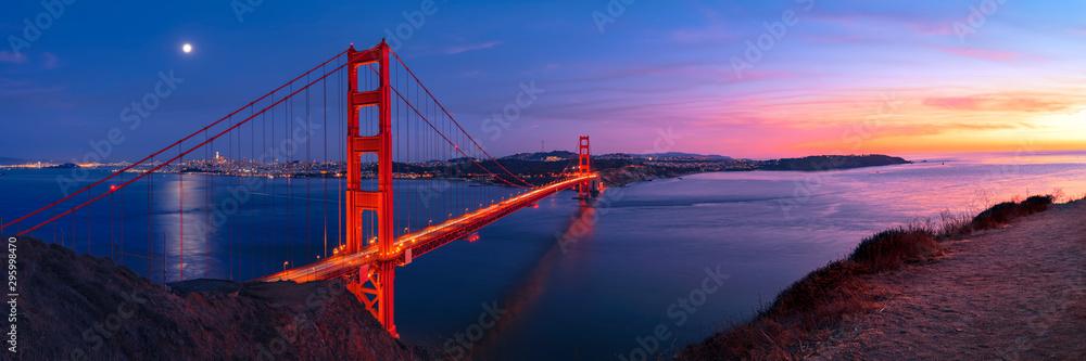 Fototapety, obrazy: Golden Gate Bridge in San Francisco under full moon in sunset sky panorama