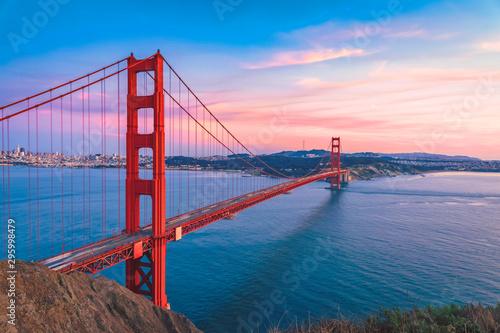 Fototapeta San Francisco  most-golden-gate-na-niebie-slonca-san-francisco-w-kalifornii