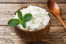 Homemade Cottage Cheese With M...