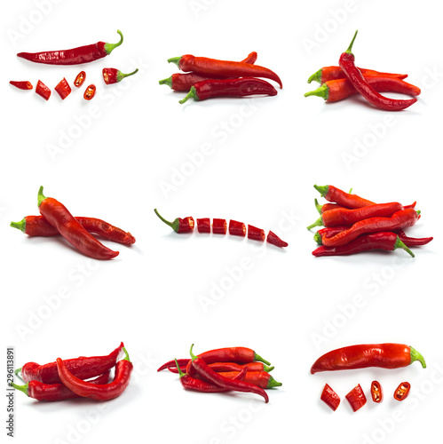 Cuadros en Lienzo  Set of Red chili pepper isolated on a white background