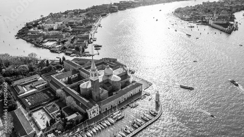 Montage in der Fensternische Grau black and white view over Venice Italy Europe. Venice from above with a drone. aerial view over the beautiful city of Venice Italy. Amazing Venice image wallpaper