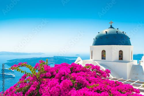 Fototapeta church in santorini greece obraz