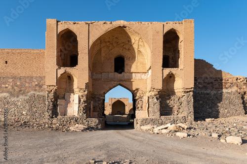 Foto op Plexiglas Oude gebouw Caravanserai - Varzaneh - Iran