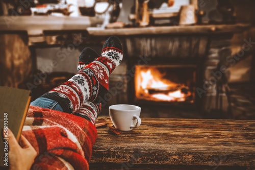 Photo sur Aluminium Cafe desk of free space and christmas fireplace