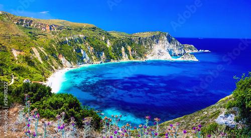 Montage in der Fensternische Pistazie Amazing Greece series - beautiful beach Petani in Kefalonia. Ionian islands