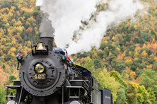 Old Steam Engine Fall Foliage ...