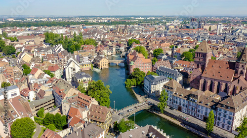Photo Stands Old building Strasbourg, France. Historic City, Ill River, Aerial View