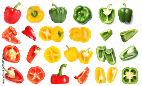 Canvas Rings of ripe bell peppers on white background