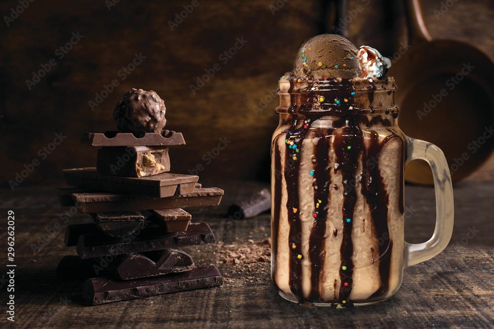 Fototapety, obrazy: Chocolate Shake with chocolates